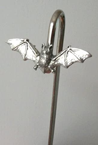 English Pewter Gothic Goth Vampire Bat Bookmark - Ideal Gift for Book readers / Bat / Animal lovers - SUPPLIED IN A PRESENTATION GIFT BOX