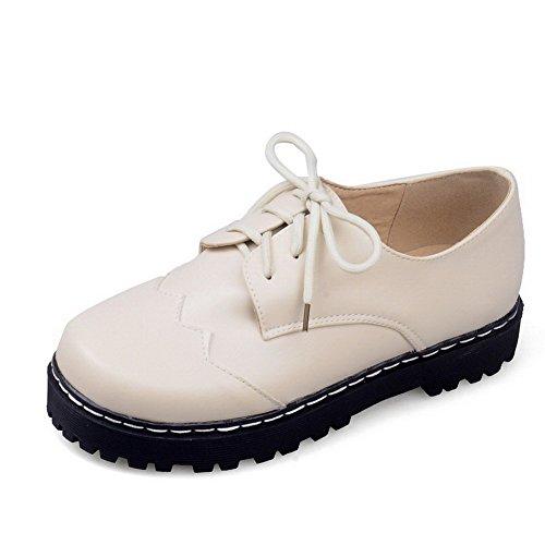 AllhqFashion Damen Pu Leder Niedriger Absatz Rund Zehe Rein Schnüren Pumps Schuhe Cremefarben