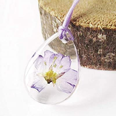 Pendentif fleur Louane forme goutte en résine et fleurs de lilas pressées - Bijou nature Collier en fleurs séchées colorées