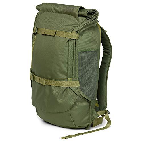 AEVOR Travel Pack Pine Green - Lifestyle Reiserucksack in Handgepäck-Größe erweiterbar auf 45 Liter inklusive abnehm- und verstellbarem Hüftgurt -