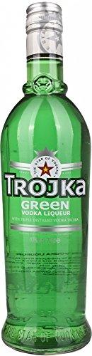 Trojka verde Vodka Licor - 700 ml