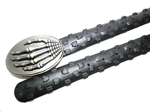 Handmade Herrengürtel aus recyceltem Fahrradreifen - upcycling - vegan - stylisch -