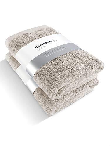 Características de las toallas de Herzbach Home: Diseño sencillo y elegante, elaboración esmerada y sensación de suavidad. Utilizamos algodón 100 % natural en el gramaje óptimo de 600g/m². Este estándar de alta calidad asegura toallas agradables y s...