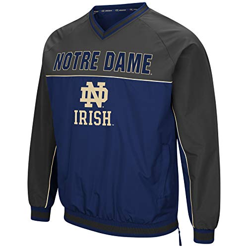 Colosseum Herren NCAA Athletic V-Ausschnitt Windbreaker Pullover mit Tackle Twill Stickerei, Herren, Notre Dame Fighting Irish Navy/Charcoal, Large Links Windshirt