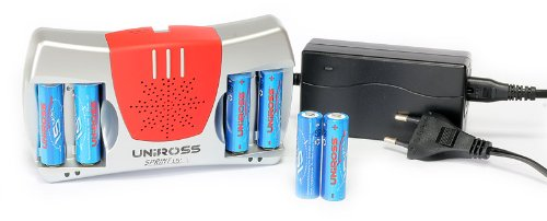 Uniross - Chargeur ultra rapide à batteries 1,2V AA/AAA + 6 accus LR06/AA - Ref : RC104059