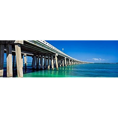 Panoramic Images – Route 1 Overseas Highway Bahia Honda Rail Bridge Florida Keys Florida USA Artistica di Stampa (30,48 x 91,44 cm)