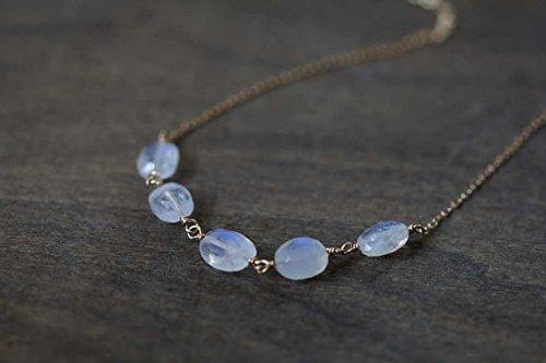 Rainbow Mondstein Halskette 14K Rose Gold gefüllt oder Sterling Silber Kette, zarte Draht verpackt Rainbow Mondstein Halskette 7–8mm 45,7cm (Rainbow Jewel Halskette)