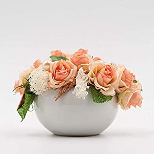 Kleines ovales Tischgesteck mit lachsfarbenen Röschen-Tischdeko mit künstlichen Blumen
