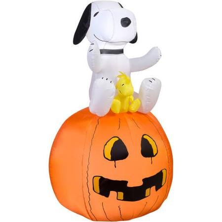 Airblown Inflatable Peanuts Halloween Snoopy Woodstock Blow up -