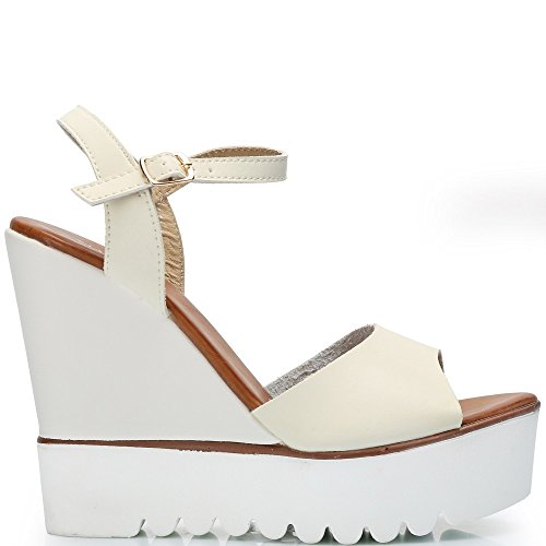 Ideal-Shoes Sandali compensate in similpelle con suola in gomma Fanya Bianco (bianco)