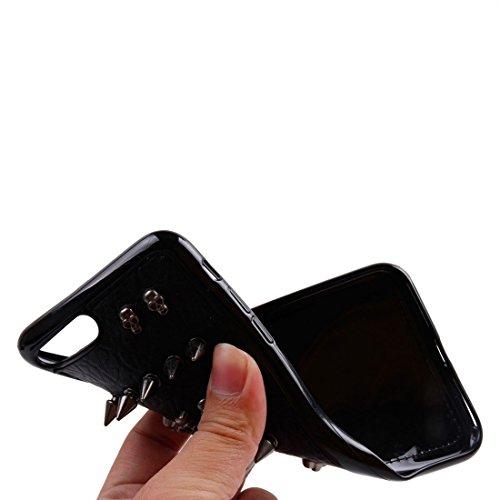 GHC Cases & Covers, Für iPhone 7 Plus Niet-Art-Muster TPU + Metall weicher schützender rückseitiger Abdeckungs-Fall ( SKU : Ip7p1211x ) Ip7p1211d
