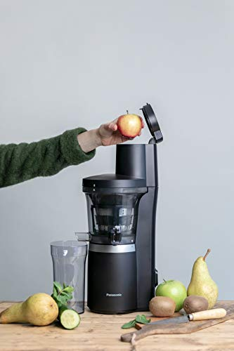 Panasonic Slow Juicer MJ-L700KXE (Entsafter Gemüse und Obst, Zitruspresse automatisch, Entsafter, Edelstahl, Kunststoff, 150 W, mattschwarz)