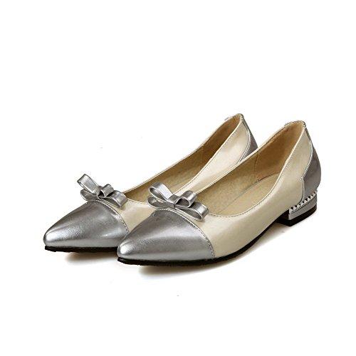 AllhqFashion Damen Ziehen Auf Pu Leder Gemischte Farbe Spitz Zehe Pumps Schuhe Cremefarben