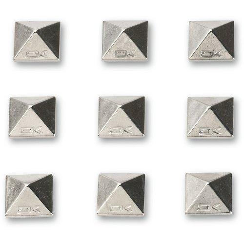 Chrome Pyramid Stud (Dakine Pyramid Ohrstecker (Chrom, 6x .6-inch))