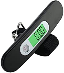 Idea Regalo - Bilancia Pesa-Valigia LS2 NERO - Bilancia Digitale Portatile LCD ad Alta Precisione per Valigie, per Esterni, per la Pesca, per la Casa, per la Cucina - con Cinghia - Capacità 110 lb / 50kg