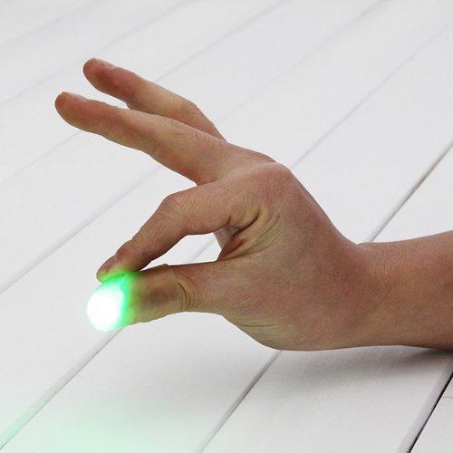 2x Leuchtender Daumen Tipps Magic Trick Finger anmutendes Licht (Daumen-trick)
