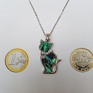 Kiara gioielli ciondolo a forma di gatto intarsiato con naturale Greenish Blue paua abalone Shell con pietre di vetro inserto colletto di 45,7 cm catena forzatina. Non si ossida colore argento rodiato