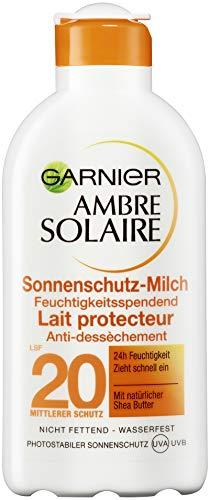 Garnier Ambre Solaire Sonnencreme/Feuchtigkeitsspendende Sonnenschutz-Milch LSF 20, 3er Pack (3 x 200 ml) - Feuchtigkeitsspendende Parfüm