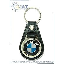M   T - Porte-clés en caoutchouc imitation cuir avec médaillon en plastique  - 9009e4e5873