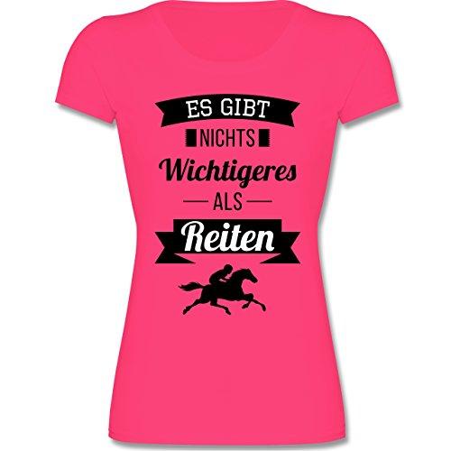 Shirtracer Sport Kind – Es gibt nichts Wichtigeres als Reiten – Mädchen T-Shirt