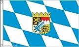 Flagmania® Bandiera con Stemma della Baviera, 90 cm x 60 cm + Spilla da 59 mm