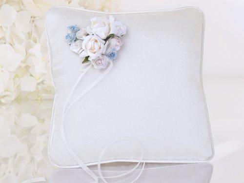 Ringkissen Röschen 16x16cm weiß hellblau Rosen Satinbänder Rose