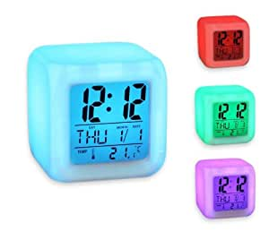 Forepin 7 LED Farb Uhr mit digitalen LCD Display, Kalender, Wecker, Thermometer , Alarm Funktion, CM3-019-CUBE