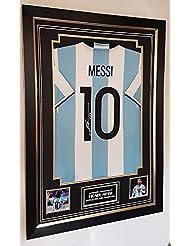 Foto firmada de Lionel Messi junto a camiseta (jugador de FC Barcelona)