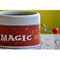 """Caja de música con la melodía Hedwig´s Theme de la película * Harry Potter *. Diseño exclusivo con la frase """"I am a magic muggle"""". Manivela de música manual. Estupendo regalo para los fans de la saga."""
