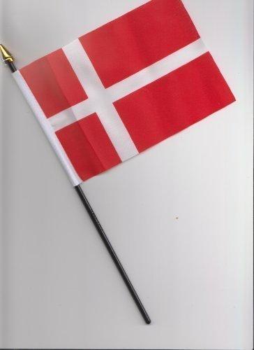 Drapeau Danemark à main 25 cm