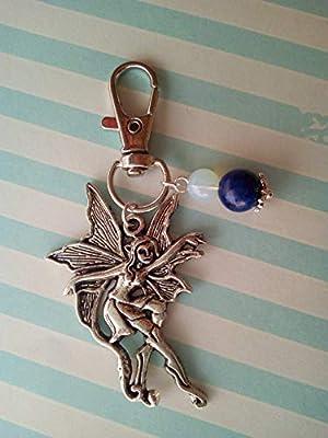 Bijou de sac fée avec pierres naturelles de pierre de lune et lapis lazuli.