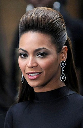 Beyonce Knowles On Stage For Today Show Concert With Beyonce On Nbc, Rockefeller Center Plaza, New York, Ny, November 26, 2008. Photo By: Kristin Callahan/Everett Collection Photo Print (20,32 x 25,40 cm) -