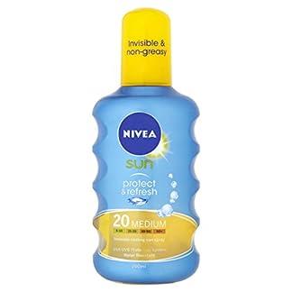 NIVEA PROTECT & REFRESH sun spray SPF20 200 ml