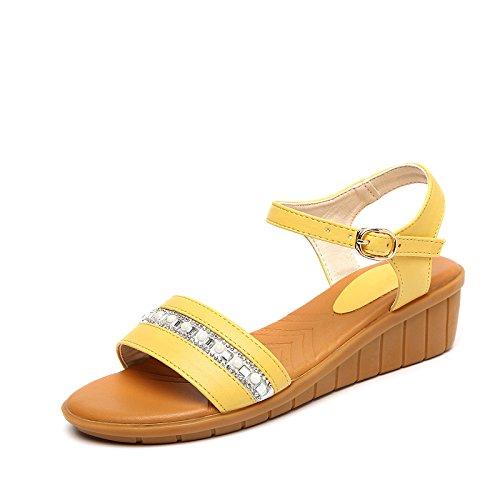 XY&GKSandalen Sommer mit flachem Boden Zehen kleine Steine kleine Heel Heel Sandalen, komfortabel und schön 39 yellow