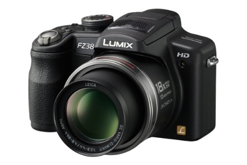 Panasonic Lumix DMC-FZ38 EG-K Digitalkamera (12 Megapixel, 18-fach opt. Zoom, 6,9 cm (2,7 Zoll) Display, Bildstabilisator) schwarz