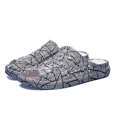 Uomo Mocassini & Slip-Ons Primavera Autunno Comfort pelle bovina casuale Tallone piano Rivet Nero Bianco Walki sandali US9.5 / EU42 / UK8.5 / CN43