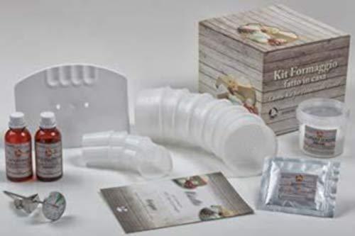 Il Kit contiene: 7 formine per caciotta da cm 9x5,2, 4 formine a forma di cuore, 1 tagliacaglio, 1 termometro sonda in acciaio inox, 1 coltura per caciotta da lt 10, 1 caglio di vitello, 1 cloruro di calcio, sale gr 200, 1 ricettario