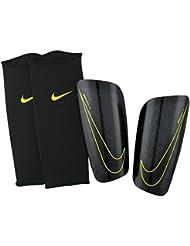 Nike Mercurial Lite - Espinilleras, color negro, talla M