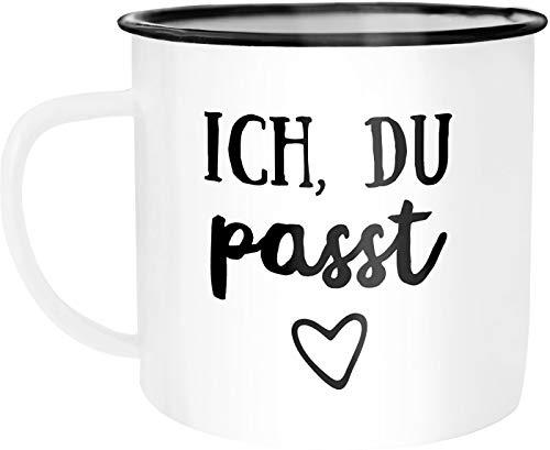 Moonworks Emaille Tasse Becher Ich du passt Liebe Geschenk Freund Freundin Frau Mann Kaffeetasse weiß-schwarz unisize