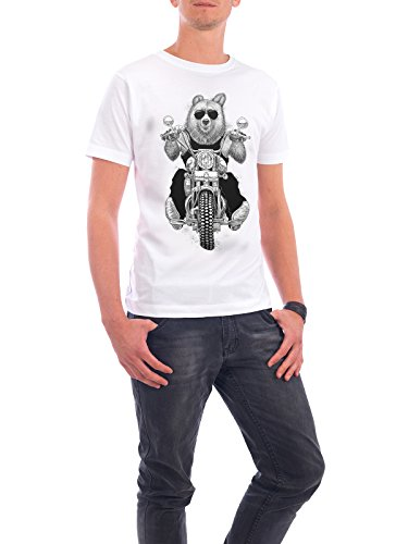 "Design T-Shirt Männer Continental Cotton ""Carefree bear"" - stylisches Shirt Tiere Natur Sport / Motorsport von Nikita Korenkov Weiß"
