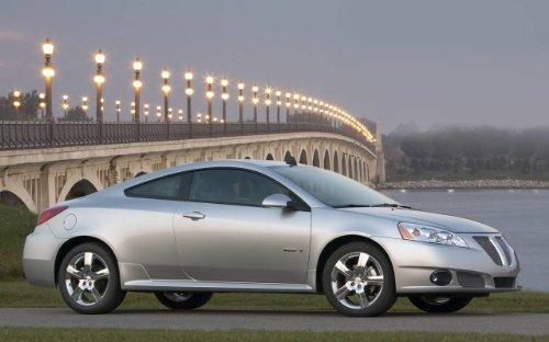classic-y-los-musculos-de-los-coches-y-pontiac-g6-gxp-arte-de-coche-2009-poster-en-coche-10-mil-arch