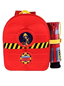 Mochila para niños de Sam El Bombero. ¡Suena la alarma! Todos los aspirantes para formar parte del cuerpo de bomberos de Pontypandy adorarán esta divertida y colorida mochila de Sam El Bombero con un efecto en 3D de la manguera de Sam en la parte fro...