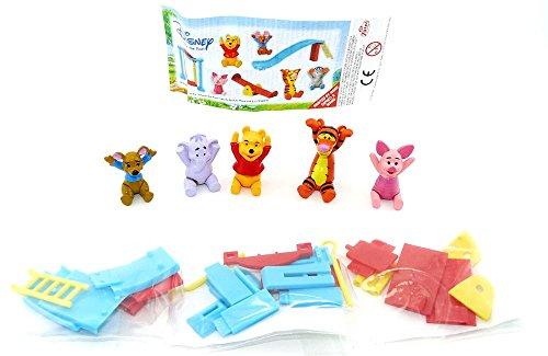 Winnie the Pooh Figuren auf dem Spielplatz mit Beipackzettel von der Firma Zaini (Halloween-pooh-der-bär)
