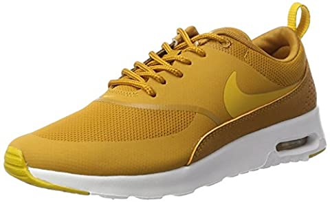 Nike Air Max Thea, Sneakers Basses Femme, Jaune (Desert Ochre/Gold