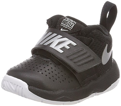 Nike Unisex-Kinder Team Hustle D 8 Basketballschuhe, Weiß (White/Black 100), 26 EU