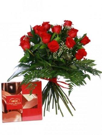 oferta-navidad-ramo-de-12-rosas-rojas-naturales-frescas-bombones-de-regalo-caja-roja-nestle-100g-not