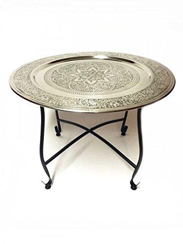Marokkanischer Tisch Beistelltisch aus Metall Sule ø 60cm rund | Orientalischer kleiner runder Teetisch mit klappbaren Gestell in Schwarz | Das Tablett diese Klapptische ist orientalisch in Silber (Antik Beistelltisch-set)