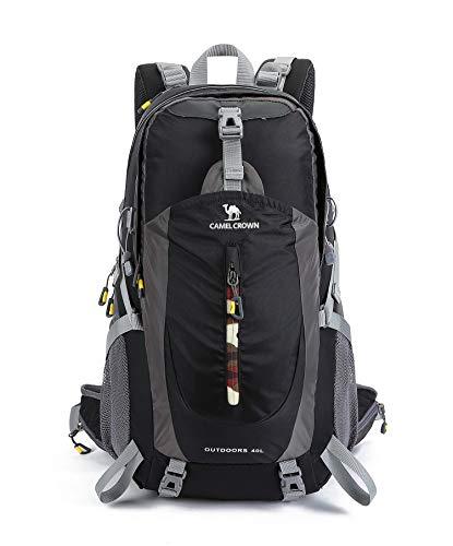 CAMEL 40L Leichter Rucksack Wasserdicht Outdoor Sports Daypack mit Regenschutz für Wandern Laufen Radfahren Klettern und Jagen (Black, 40L)