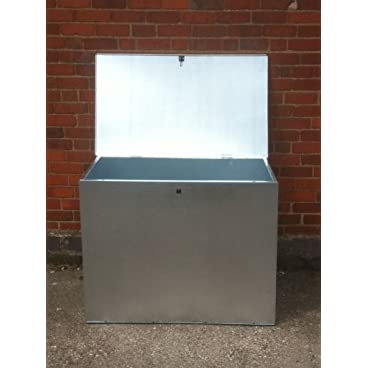 LARGE GALVANIZED FEED BIN