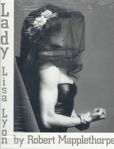 Lady, Lisa Lyon by Robert Mapplethorpe (1991-01-01)